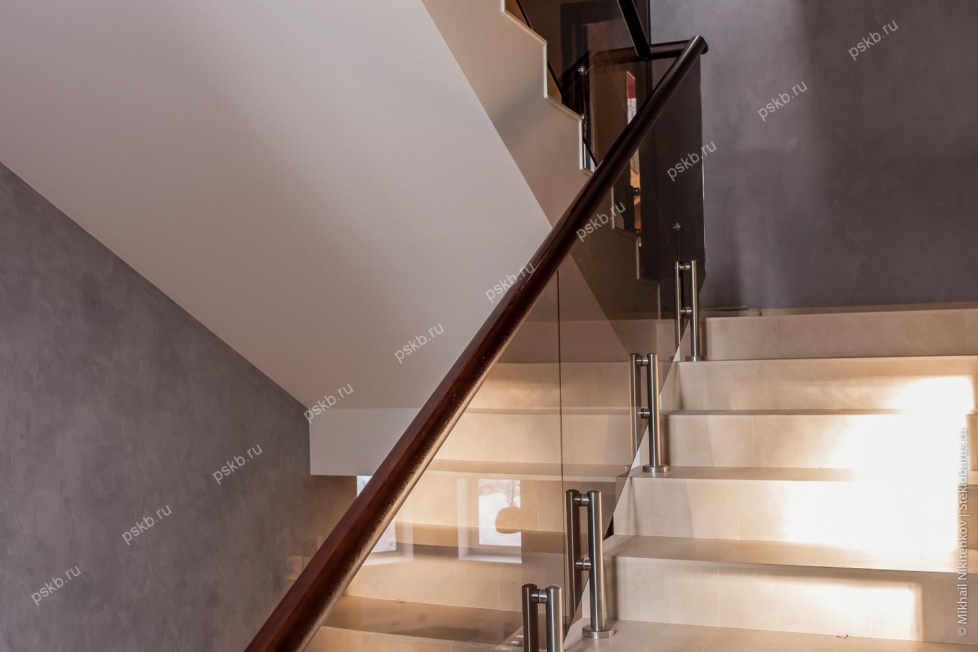 Лестницы и перила из стекла - Мастерская лестниц и